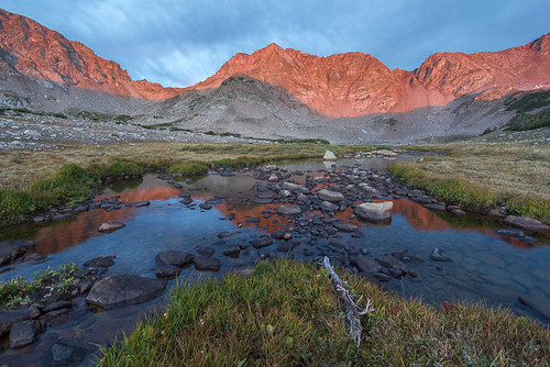 sunset summer usa mountain lake mountains reflection nature horizontal canon landscape scenery colorado rocks stream unitedstates natural scenic wideangle alpine backpacking wilderness peaks outlet 1022mm labordayweekend rawah t2i careylake canont2i