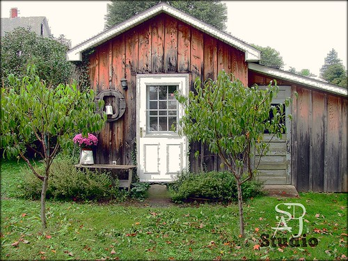 studio front sept 2012 by Stephanie Distler