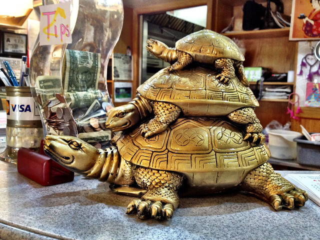 R Turtles Lucky Three-tiered Lucky Tur...