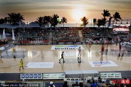 September 27th, 2012 - a game on the court at the Cable Beach tournament between Shanghai and the Zhejiang Guangsha Lions