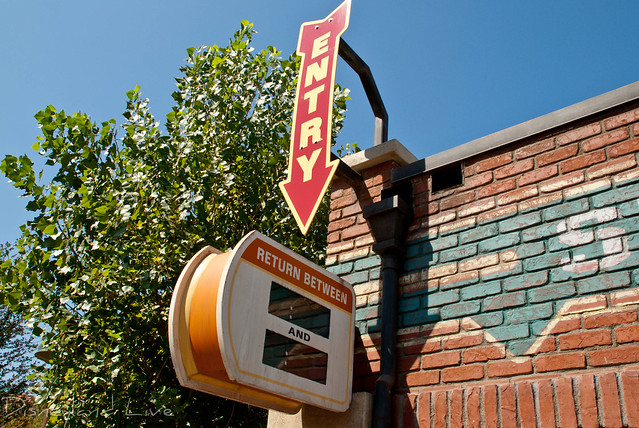 Radiator Springs Racers Fastpass / Ramone's Changes - Cars Land