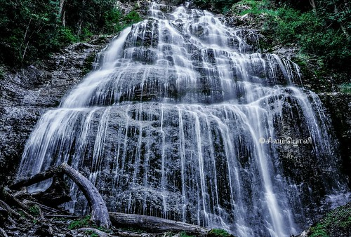 Bridal Veil Falls, Flickr photo by Arun Selvaraj