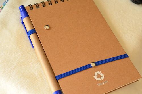 MOW メモ帳とボールペン 裏