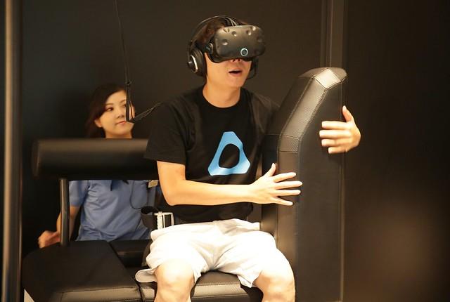 [TGS 2016] 逐漸商業化的虛擬實境體驗!阿輝的 VR ZONE 日本體驗 (HTC, VIVE, Bandai Namco) @3C 達人廖阿輝