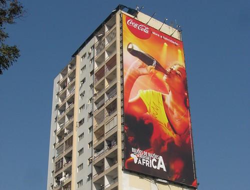 Maputo: Avenida 24 de Julho by zug55