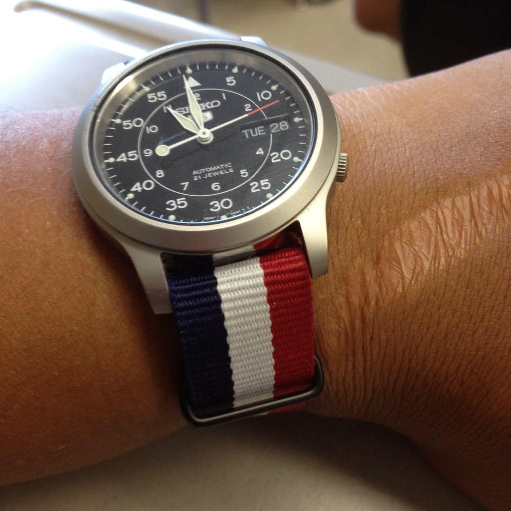 Timex zegarek - Zakup na każdą okazję dla pań z klasą