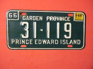 PRINCE EDWARD ISLAND 1967-68 ---LICENSE PLATE #31-119