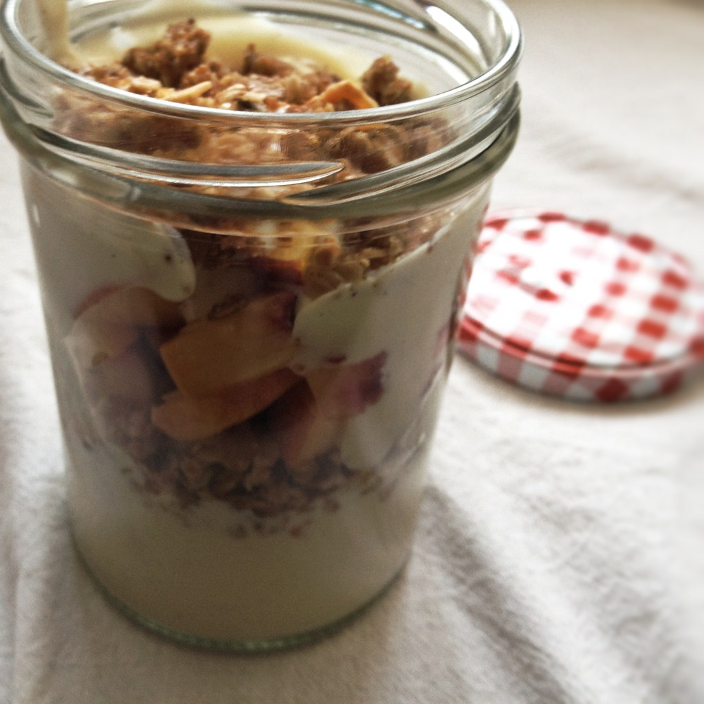 Homemade vegan parfait to go 2