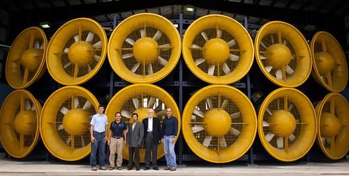 Wall of Wind способна генерировать поток ветра со скоростью 70-м / с