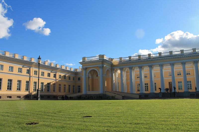 Александровский дворец в Пушкине
