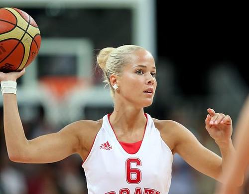 Antonia-Misura-guapa-baloncestista-croata