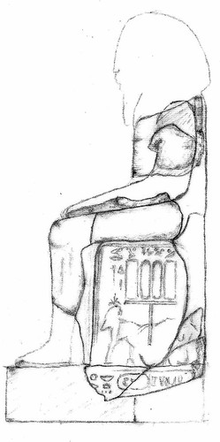 Reconstruction of a sitting statue from the Peristyle Court of Osorkon I. (Drawing: Theresa Steckel).