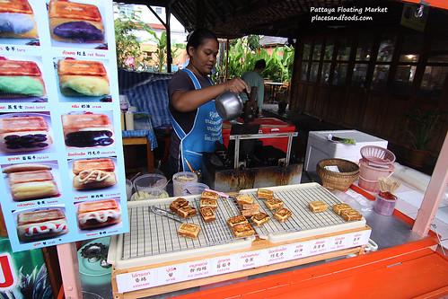 pattaya floating market food stall