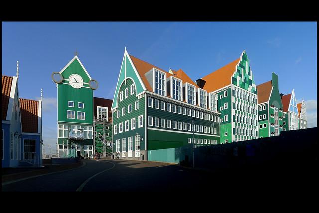 zaanstad stadhuis 02 2011 soeters s (provinciale wg)