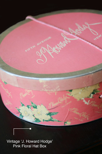 Vintage J Howard Hodge Pink Hat Box