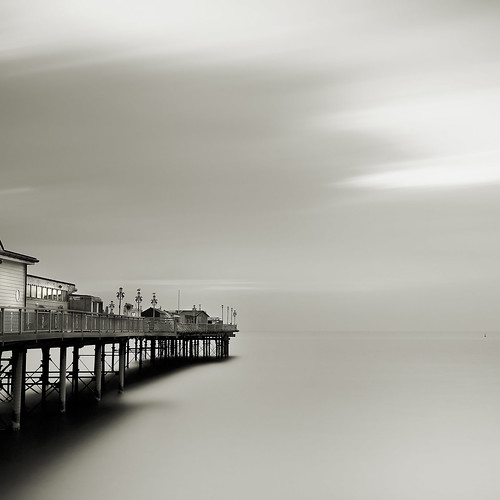 uk morning england bw white black 30 sepia sunrise square pier big warm long exposure 10 south stop devon filter le stopper teignmouth dawlish