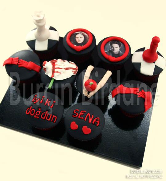 Alacakaranlik cupcake