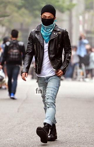 Taeyang BIGBANG KBS Music Bank arrival 2015-05-15 PRESS016