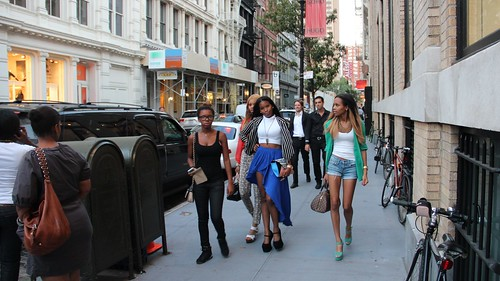 Fashionistas hit the streets