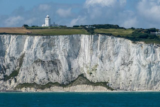 Faro foreland sur, acantilados blancos de Dover, Inglaterra, Gran Bretaña