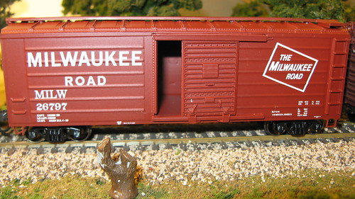 Athearn 40 foot Milwaukee Road rib side box car. by Eddie from Chicago