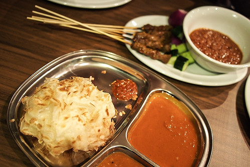Roti canai and satay at Mamak, Melbourne
