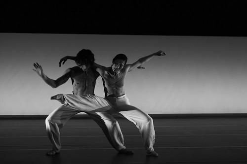 「DEDICATED2011/ブラック・バード」より (C)MITSUO