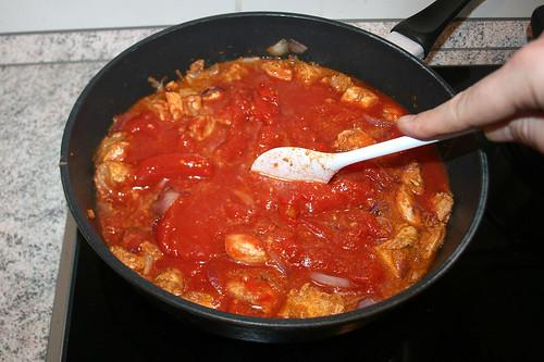 24 - Tomaten zerkleinern / Shred tomatoes