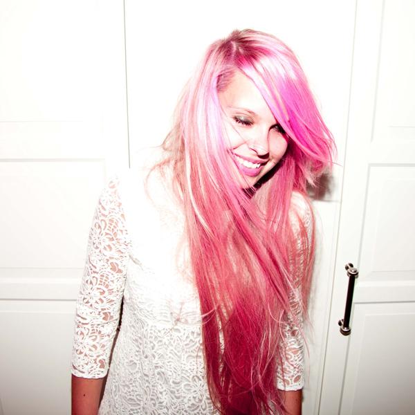 Hannah_Weber_Pink_1