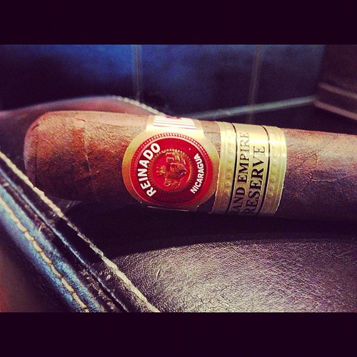 In a room full of Fuente, I go with The Empire @ReinadoCigars