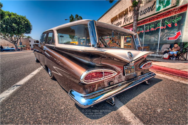 1959 chevy impala wagon