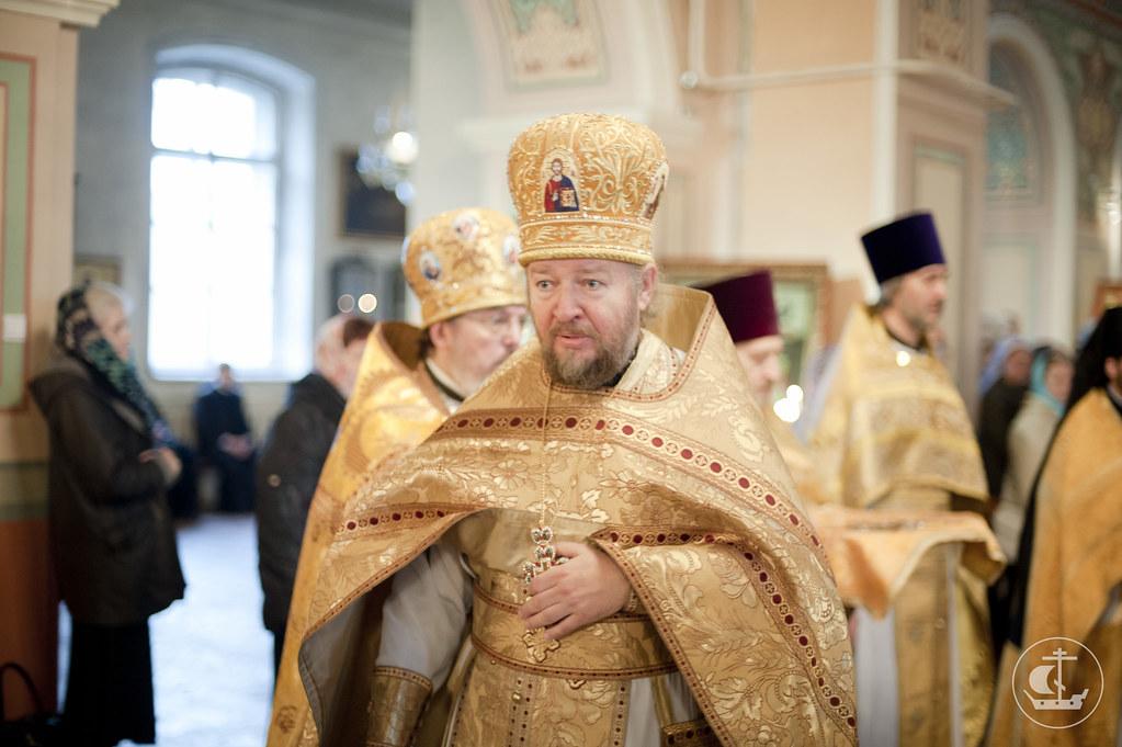 Протоиерей Андрей Дьяконов, настоятель храма