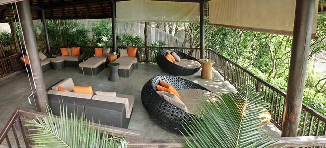Wine & Cigar Lounge