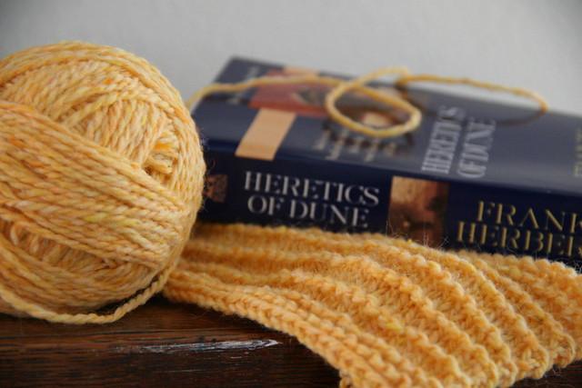 yarn along 09.05.12