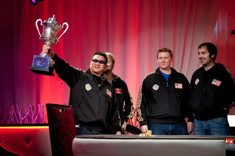 Johnny_Chan_Holding_Up_Caesars_cup
