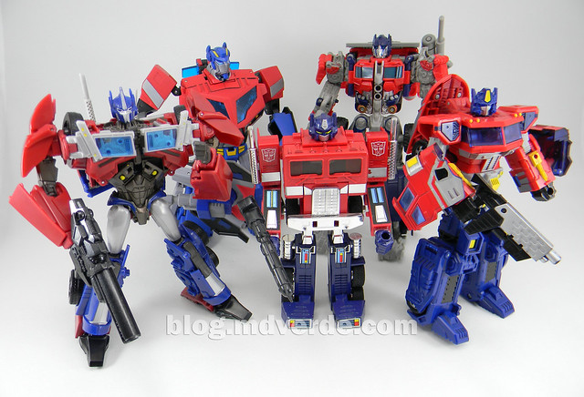 Transformers Optimus Prime Voyager - Prime First Edition - modo robot vs otros Optimus