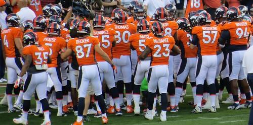 Team, Broncos vs Steelers 2012