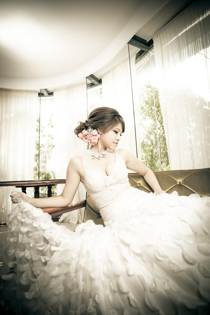 NINI WEDDING