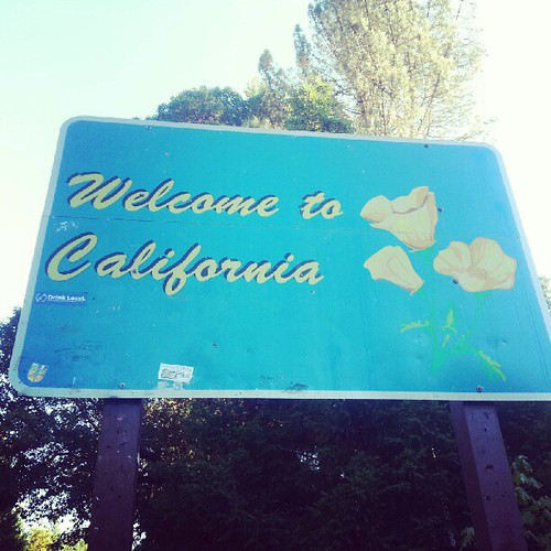 #home #kindof Still a lot of driving to do! #cinnmovestocali