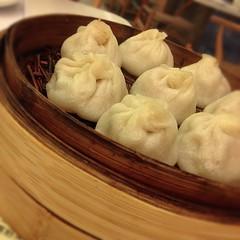 dim sum food, nikuman, mongolian food, siopao, cha siu bao, xiaolongbao, mandu, baozi, momo, food, dish, dumpling, jiaozi, buuz, khinkali, cuisine,