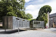 Atelier Van Lieshout - Insect Farm