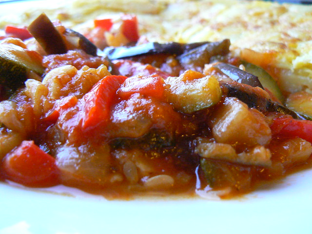 06 serve ratatouille with potato tortilla