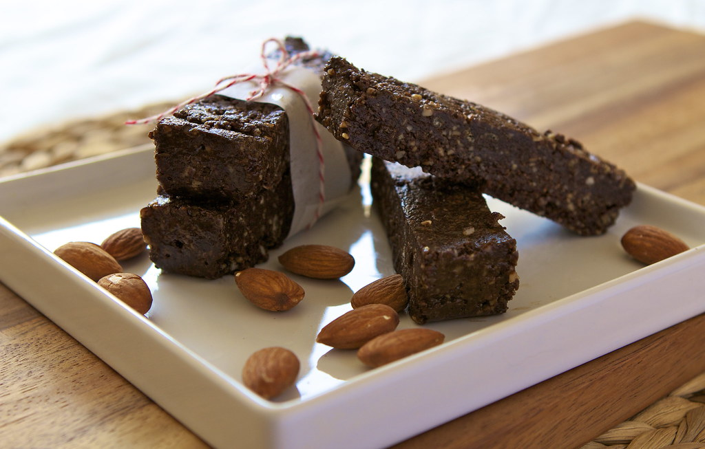 almond butter and carob energy bar