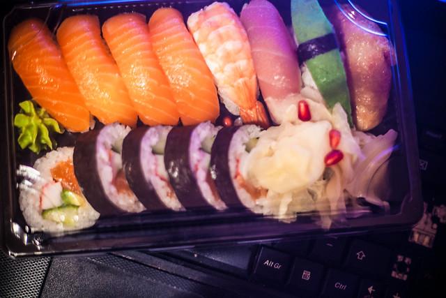 Sushi + laptop