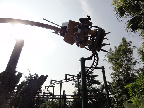 Universal Studios Singapore. The scary Canopy Flyer & Universal Studios Singapore | Vancouvered Weblog