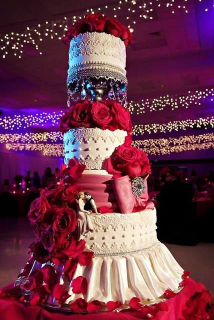 Elegant Wedding Cake by Najkrajšie torty na svete -most beautiful cakes in the world