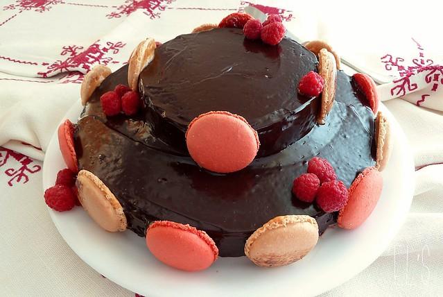 Piece montee en gateau au chocolat