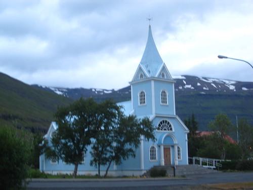 Big Blue Church, seydisfjordur