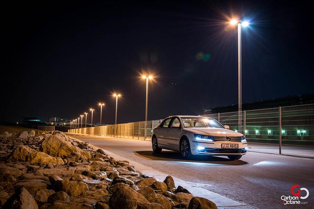 Volkswagen Phaeton 2012-4.jpg