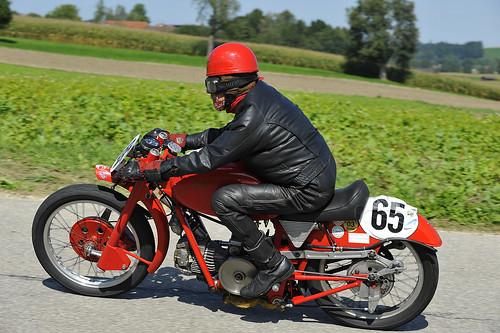 Moto Guzzi classic motorcycle Oldtimer Grand Prix 2012 Schwanenstadt Austria Copyright B. Egger :: eu-moto images 1092